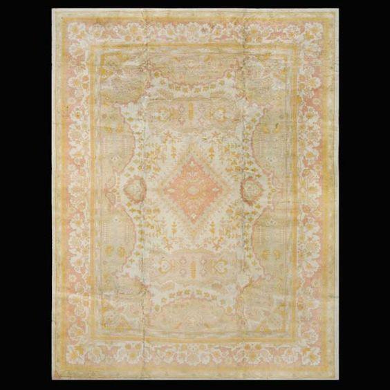 Stock Id: #19701    General Rug Type:       Turkish Decorative    Specific Rug Type:       Oushak    Circa: 1910    Color: Ivory    Origin: Turkey    Width: 9' 10'' ( 299.7 cm )    Length: 13' 4'' ( 406.4 cm )