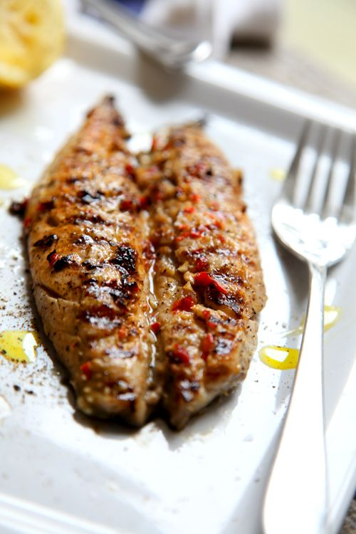 Simple Mackerel Fillets with Chilli, Garlic and Lemon