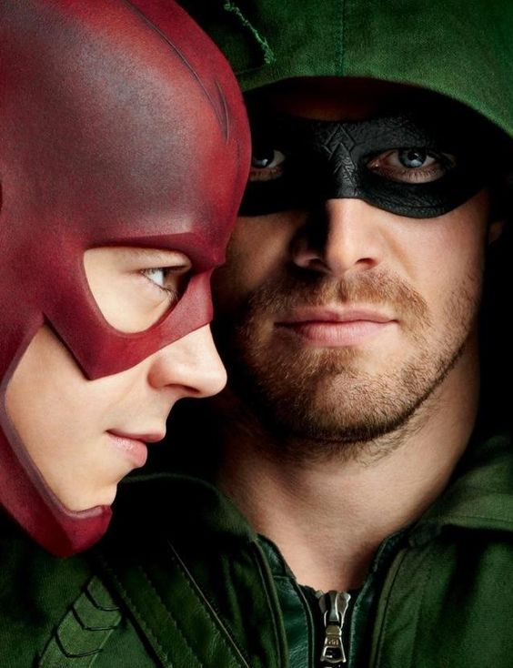 Arrow (Stephen Amell) & The Flash (Grant Gustin)