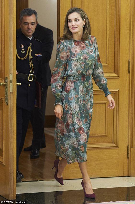 اناقة ليتيزيا ملكة إسبانيا dc6a7b2a953522d4bf83