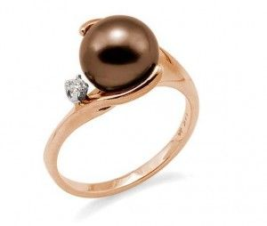 Pearl and rose gold--love!!