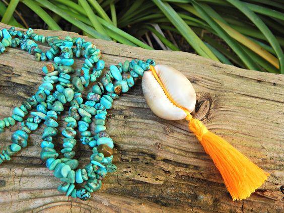 sautoir, La Plage, pierres naturelles, turquoise, coquillage, pompon, bohème, tendance, ethnique, chic : Collier par maferytale