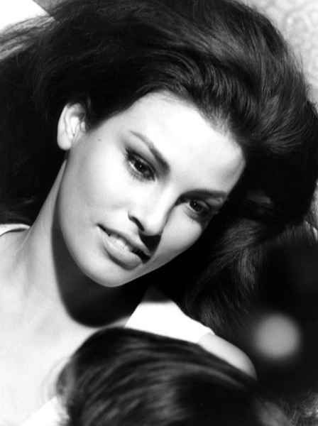 Raquel Welch - My daughter's middle name is Raquel because of my fascination with this woman. She epitomizes beauty