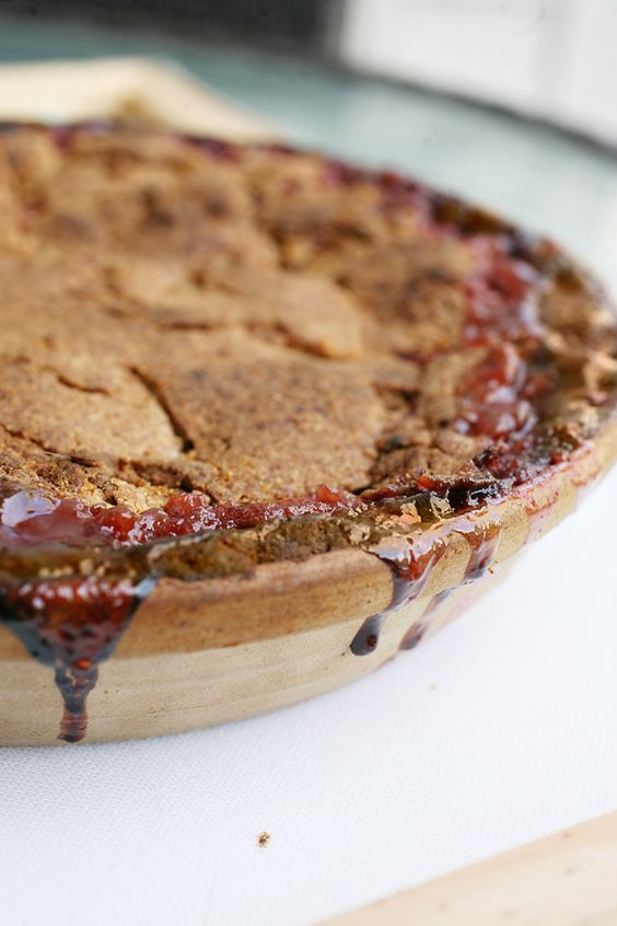 Rhubarb pie, Strawberry rhubarb pie and Pies on Pinterest