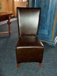 2 Nieuwe lederen stoelen met een hoge rug. Stevige stoelen met goed leder bekleed. Prijs per stel € 89,-
