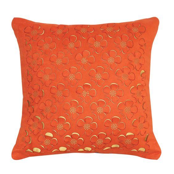 Almofada de margaridinhas laranjas com fundo amarelo R$ 175