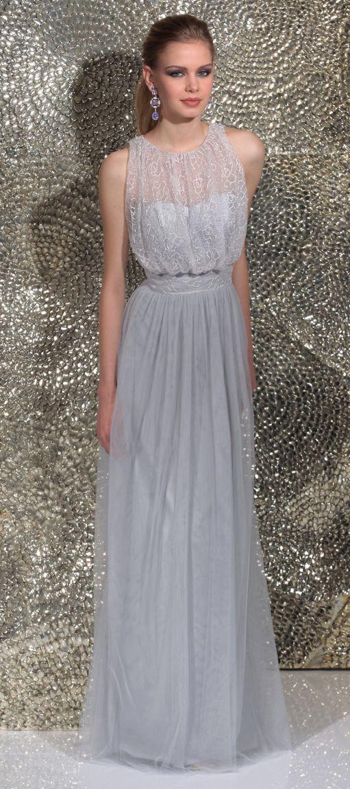 Isabel de Mestre - Evenings Abendkleider Kollektion 2016 (Art.15E024): Langes Abendkleid mit Spitze.