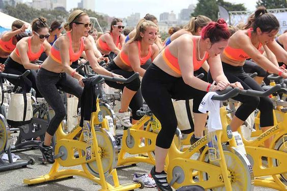 Zdrowie: Co to jest syndrom przetrenowania i jak go rozpoznać? - http://kobieta.guru/co-to-jest-syndrom-przetrenowania-i-jak-go-rozpoznac/ - Ćwiczenia fizyczne to nieodłączny element prowadzenia zdrowego trybu życia. Jednak zbyt duża częstotliwość treningów, zamiast poprawiać nasz wygląd i samopoczucie, może działać na naszą niekorzyść.  Dbając o linię powinnaś pamiętać o regularnie wykonywanym treningu, który pobudzi spalanie tłuszczu, budowę tkanki