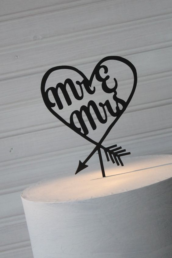 Mr & Mrs heart arrow Personalized Wedding by Primitiveweddings