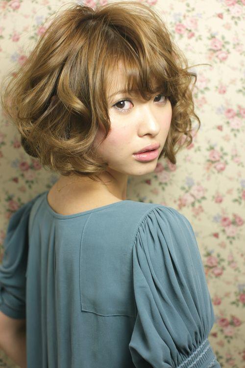 愛されミディアムパーマパート2 Afloat Japanのヘアスタイル