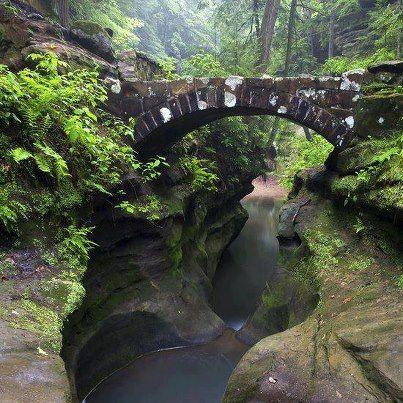 Devil's Bathtub (Hocking Hills State Park, Ohio)