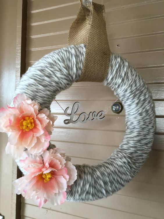Love is in the Air Valentine's Wreath by LizMakesWreaths on Etsy