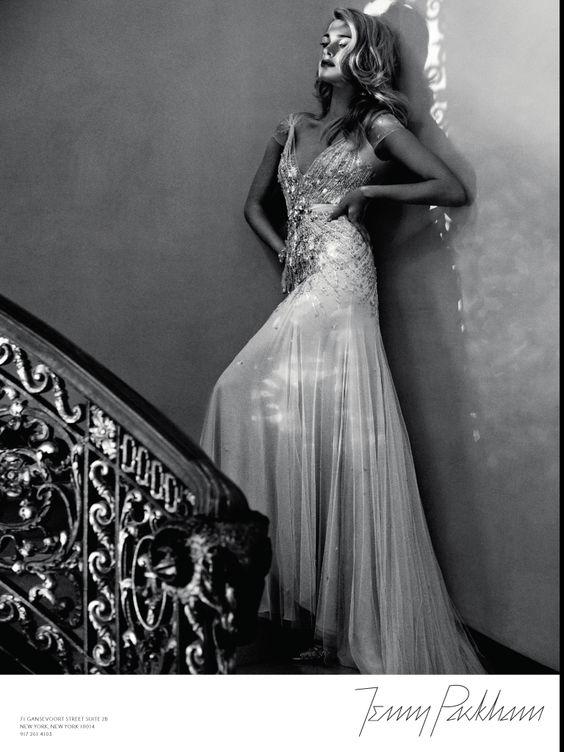 Todo el viejo Hollywood en este vestido de Jenny Packham. #vestido #novia #glamour