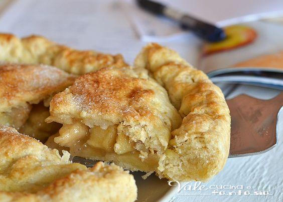 Crostata di mele americana (apple pie) si scioglie in bocca, il guscio croccante e goloso ed il ripieno di mele burrose alla cannella una vera bontà