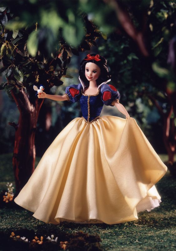 Disney 2000 Collector Dolls Enchanted Princess Series  | Signature Snow White - This is the prototype doll wearing a hand dyed ...