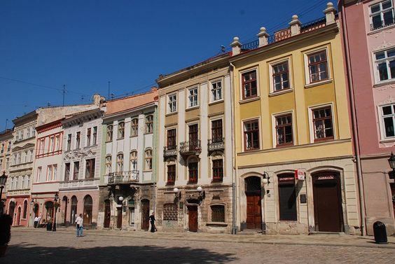 28322-Lviv (13106330965).jpg