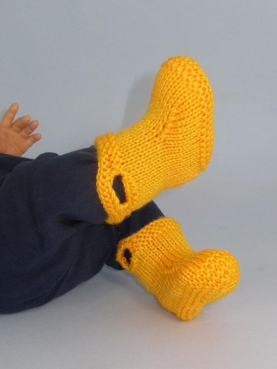 This is my Baby Pull On Boots knitting pattern. These booties are really quick and easy to make. The knitting pattern provides full instructions with photos to help you with the simple makeup. They use so little yarn they are a great way of using up leftovers.