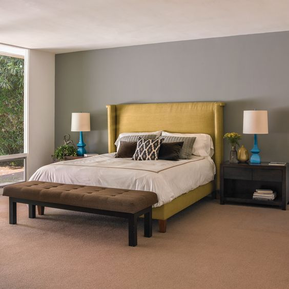 Complimentary Wall Colors To Grey Accent: Dunn-Edwards Paints Paint Colors: Accent Wall: Deco Gray