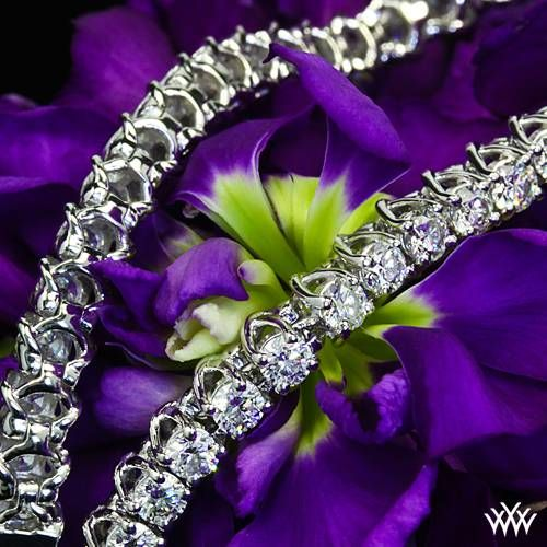 Shimmer and shine come together in the 'X-Prong' Diamond Tennis Bracelet.