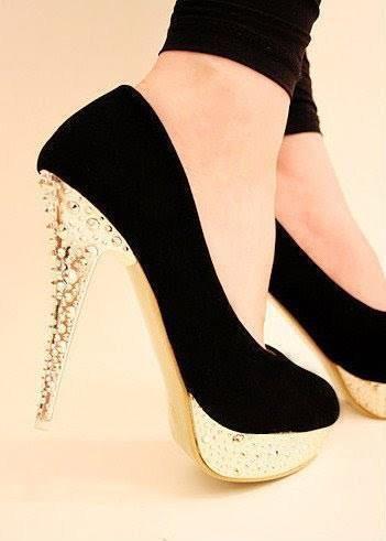 negro y dorado elegantes:
