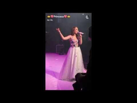 Snaps do show da Lari Manuela em São José Dos Campos!