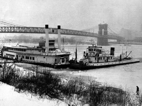 Photograph of the Plymouth Line Steamship Side Wheeler Old Colony Year 1910 8x10
