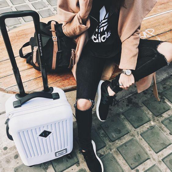 Travel in style with rolling luggage from Herschel Supply .   -- Via Mafalda de Castro: