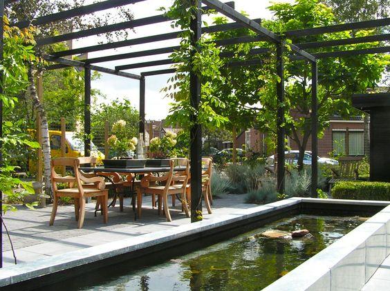Met zwart gebeitste pergola overdekt terras decoration jardin pinterest black met and - Overdekt terras in aluminium ...