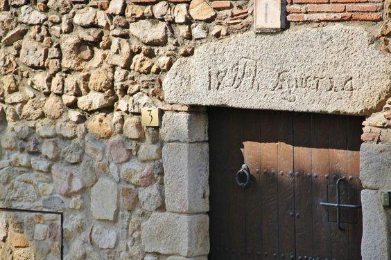 http://guias-viajar.com/ Castell de Aro en Baix Ampurdán en Costa Brava