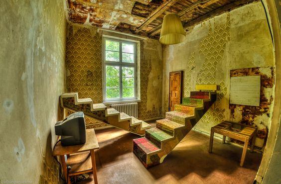 Theaster Gates, 12 Ballads For Huguenot House, 2012