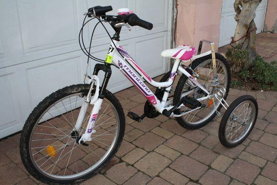 Roues stabilisatrices EZ Trainer sur vélo enfant 24 pouces