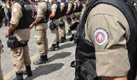 Tropa foi recepcionada pelo comandante-geral da PM, coronel Anselmo Brandão  A tropa baiana de policiais…   Polícia militar, Policia, Concurso policia  militar