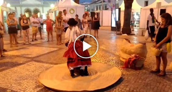 Este é Provavelmente o Melhor Casal De Fantoches De Portugal http://www.funco.biz/provavelmente-melhor-casal-fantoches-portugal/