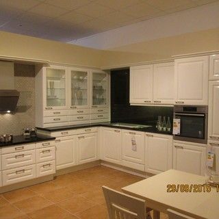 alnopol kunststoff hochglanz weiss h0109 exclusive landhausk che mit einer modernen. Black Bedroom Furniture Sets. Home Design Ideas