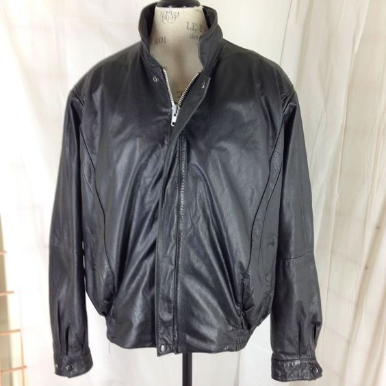 Mens Wilsons Leather Bomber Jacket 2XL Black 50   Bomber jackets