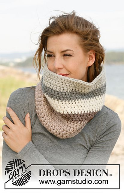 """Midwinter"" - #Crochet neck warmer in ""Eskimo"" by DROPS design  Simple Stitches with color changes"