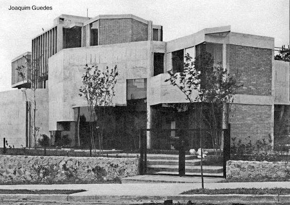 Casa brutalista en San Pablo, Brasil, del año 1968
