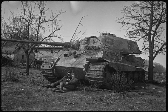 When Arthur Bondar came across the negatives of a Soviet war photographer, he realized he had stumbled upon an important cache of images of World War II that gave an intimate look at that country's side.