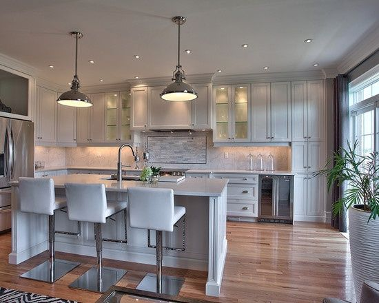 Island vs Peninsula: Which Kitchen Layout Serves You Best? | Houzz, Kitchens  and Kitchen design