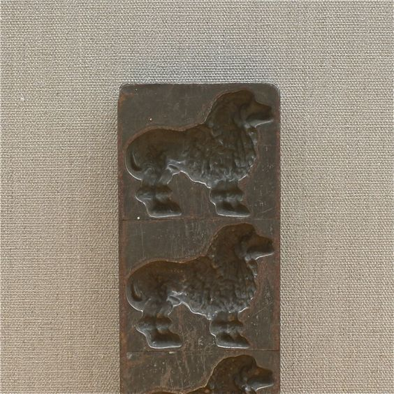 antique French chocolate mold Letang Fils Paris #3152, poodle, early 1900's…