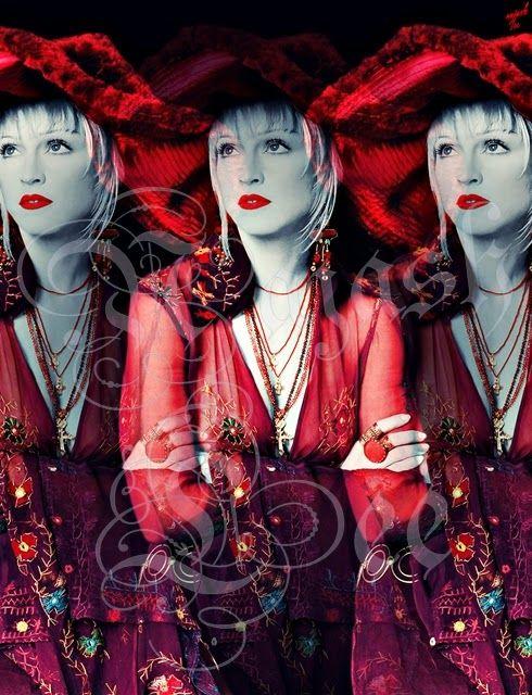 Madonna loves you: La gitana by Najash Lee Copyright © Najash Lee 2014