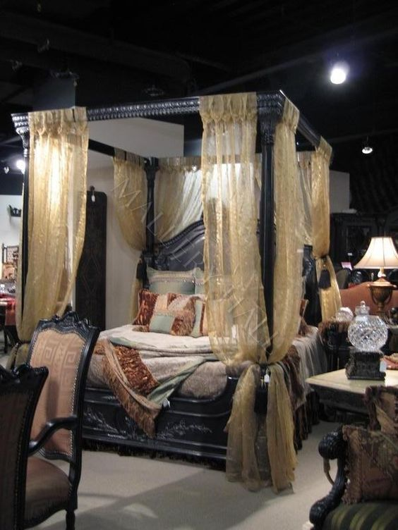 Old world egyptian style black canopy bed the victorian for Old world style beds