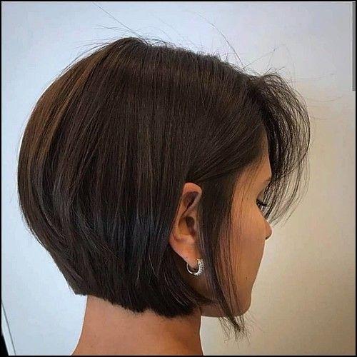15 Kurze Frisuren Die Sie Popular Machen Fur 2020 Trend Bob Frisuren 2019 In 2020 Bob Frisur Kurzhaarfrisuren Haarschnitt Bob
