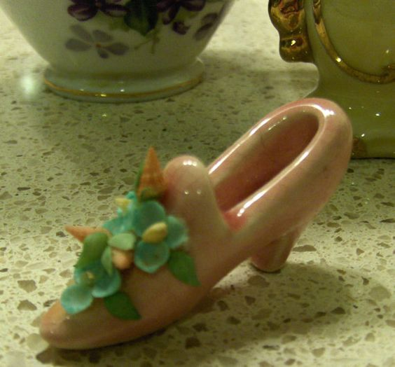 Tiny Vintage Pink Shoe Figurine with Seashell by ForgetMeNaught, $4.50