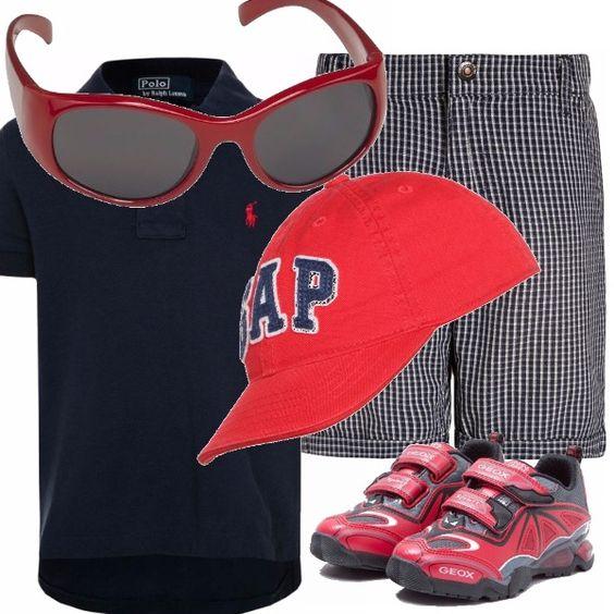 Dedicato a mio figlio e a tutti i ragazzini come lui. Bermuda a quadrettini da indossare con la polo blu, scarpe rosse, come il cappellino e un tocco di glamour con gli occhiali da sole, sempre rossi.
