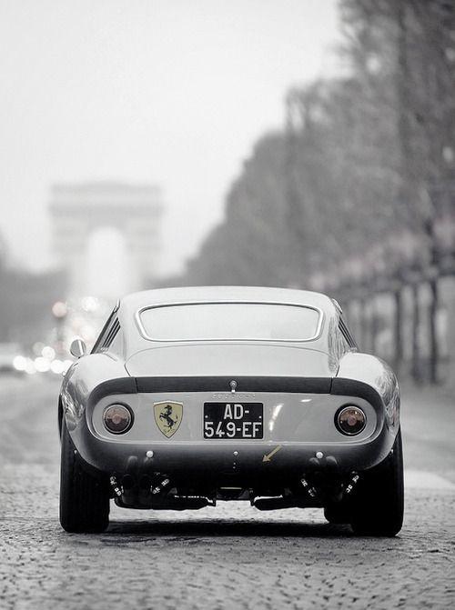 Ferrari 275 GTB  Plus de découvertes sur Le Blog des Tendances.fr #tendance…