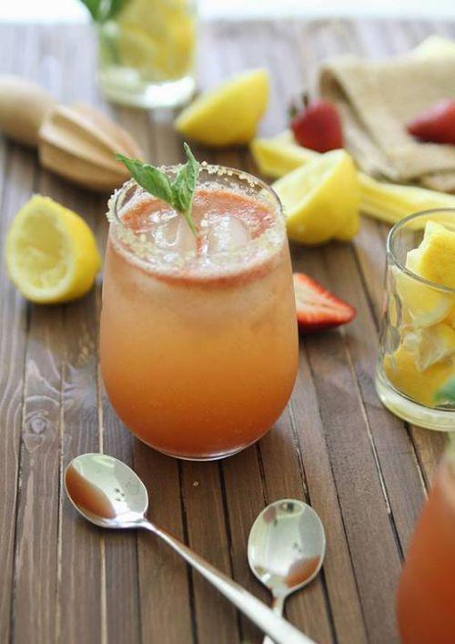Fresa albahaca limonada