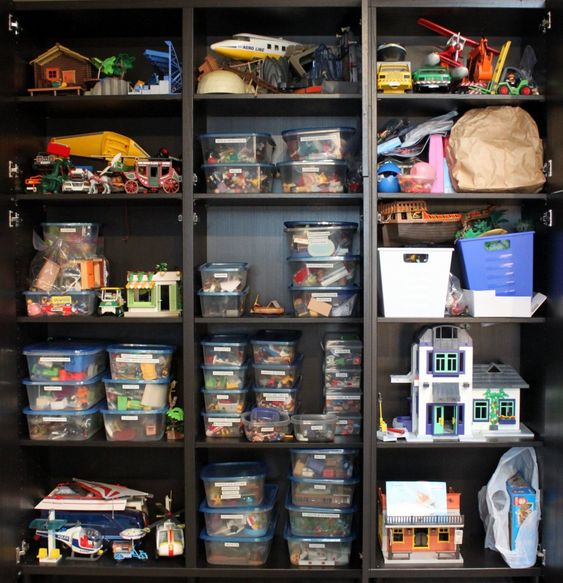 playmobil storage basement pinterest playmobil and. Black Bedroom Furniture Sets. Home Design Ideas