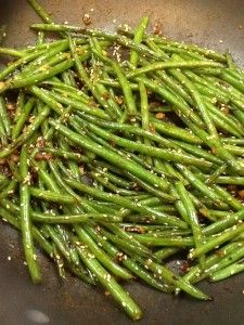 These szechuan style healthy green beans hit the spot! My family was basically fighting over them. The hoisin sauce is perfect on these healthy green beans!