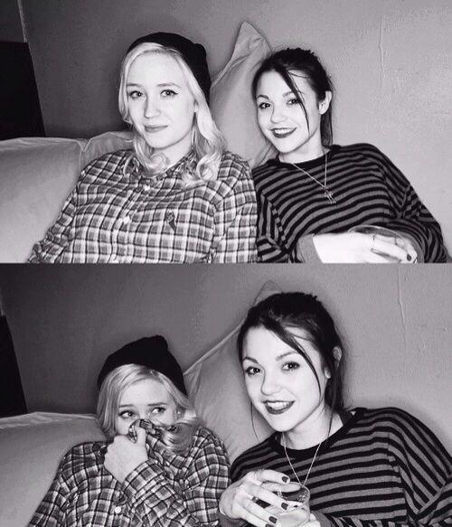 Naomi and Emily - Skins